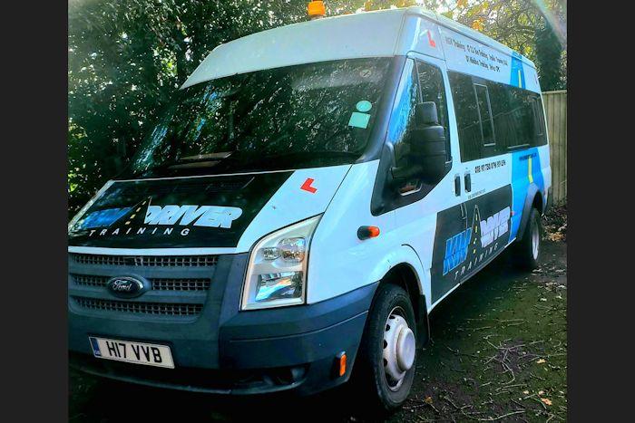 Minibus driving course